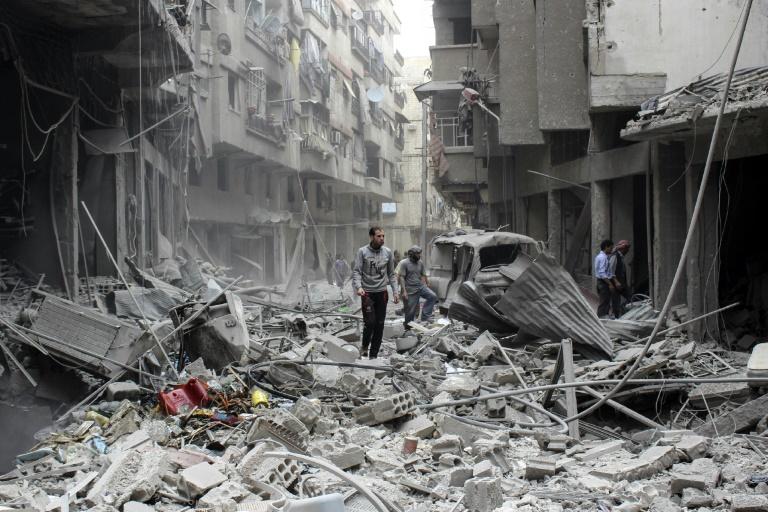 قصف قوات النظام السوري على الغوطة الشرقية