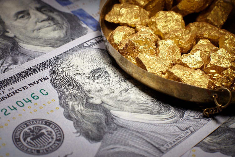 صعود جماعى لأسهم بورصة المعادن النفيسة مع تراجع الدولار