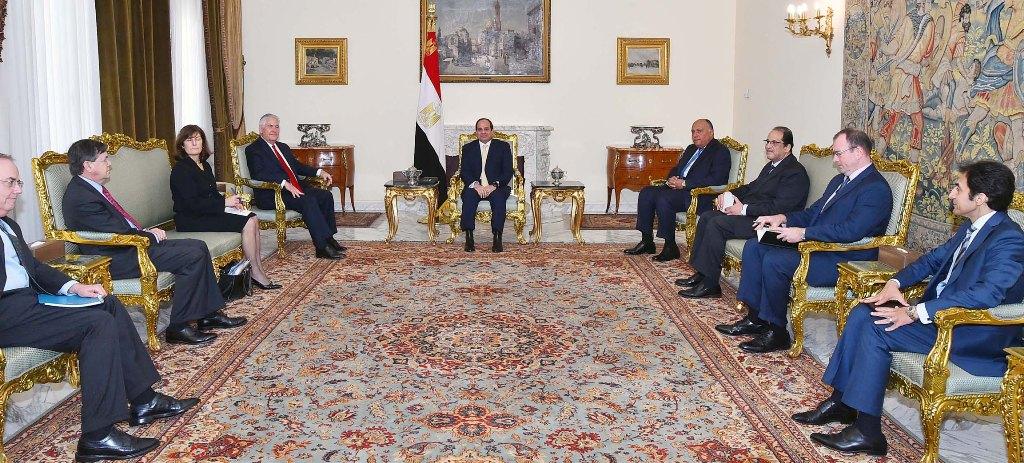 الرئيس المصري يستقبل وزير الخارجية الأمريكي