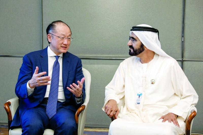 محمد بن زايد مع رئيس البنك الدولي