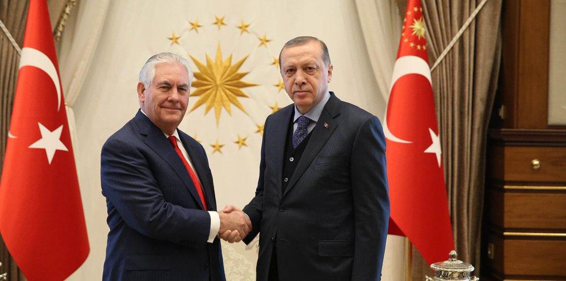 اردوغان اثناء لقائه مع وزير الخارجية الامريكي