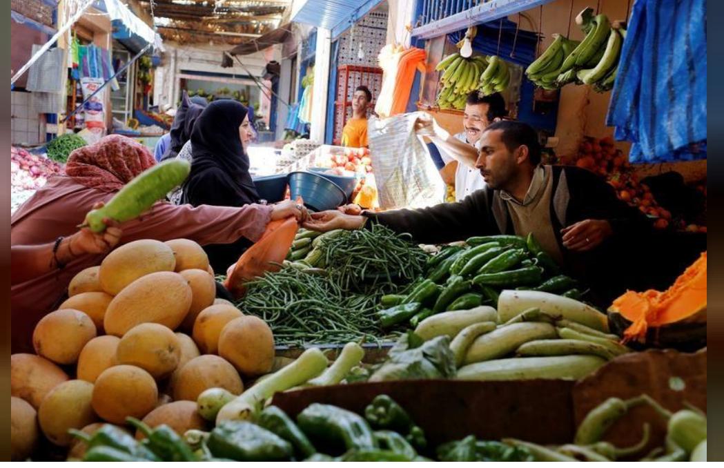 جانب من سوق للخضراوات في الدار البيضاء بالمغرب