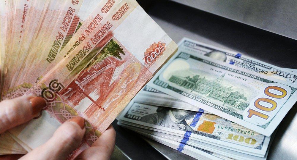 الدولار والروبل