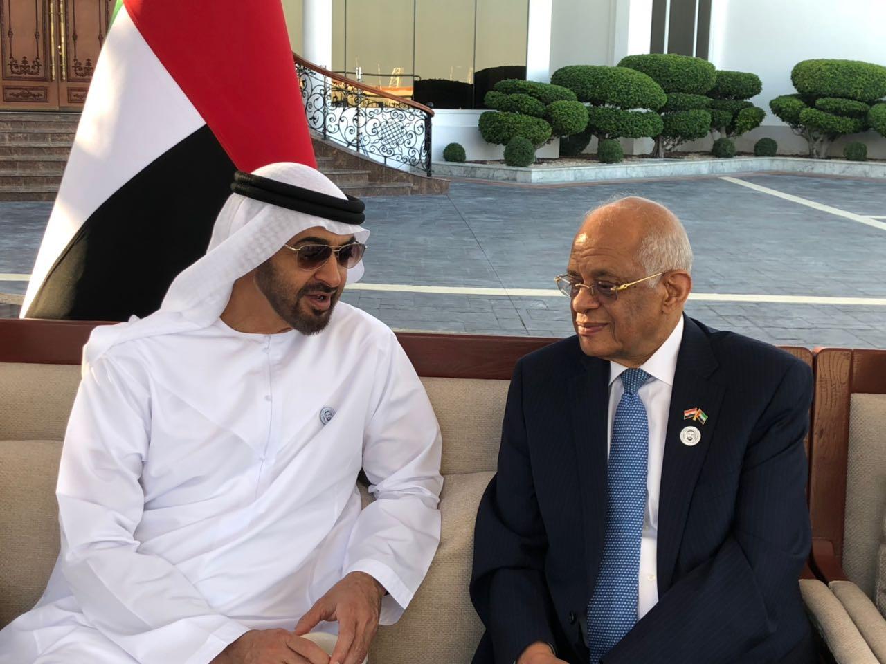 الشيخ محمد بن زايد آل نهيان و الدكتور على عبد العال