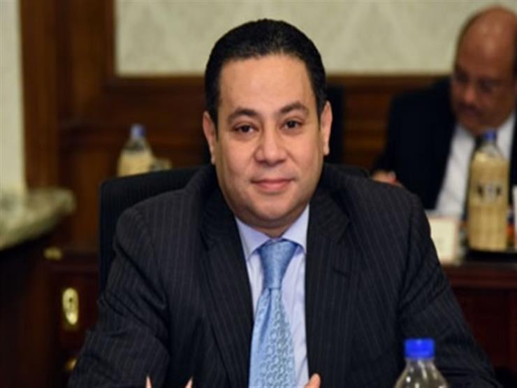 وزير قطاع الأعمال المصري خالد بدوي