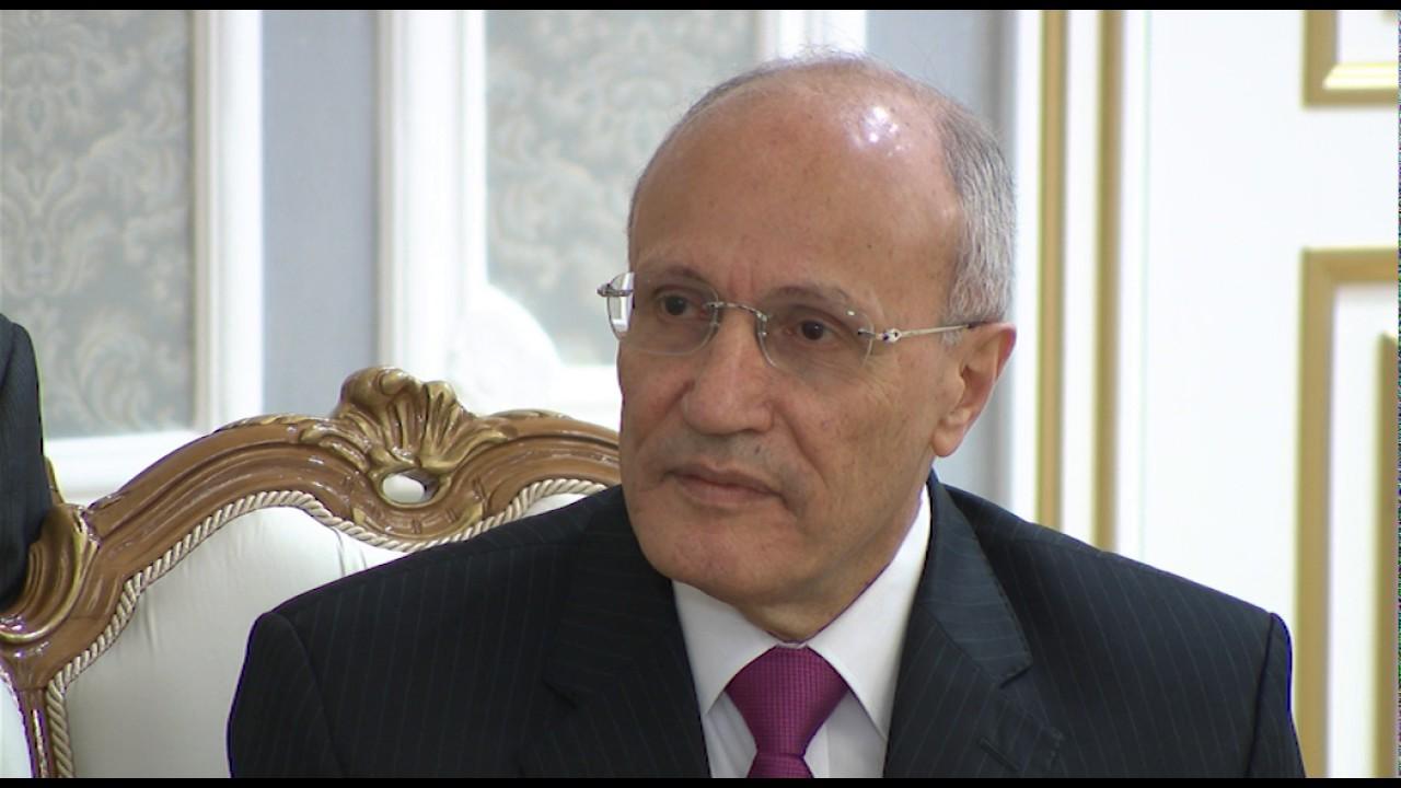 اللواء محمد العصار وزير الإنتاج الحربى