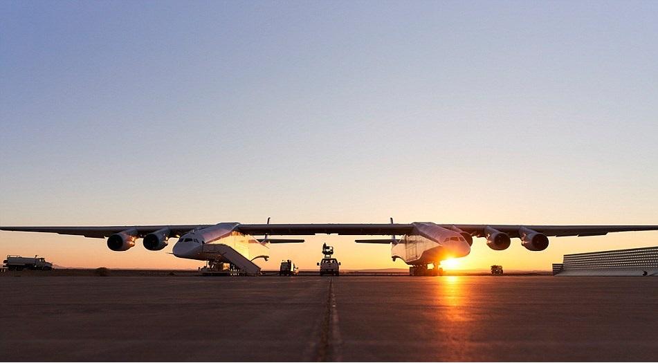 طائرة سترانولونش