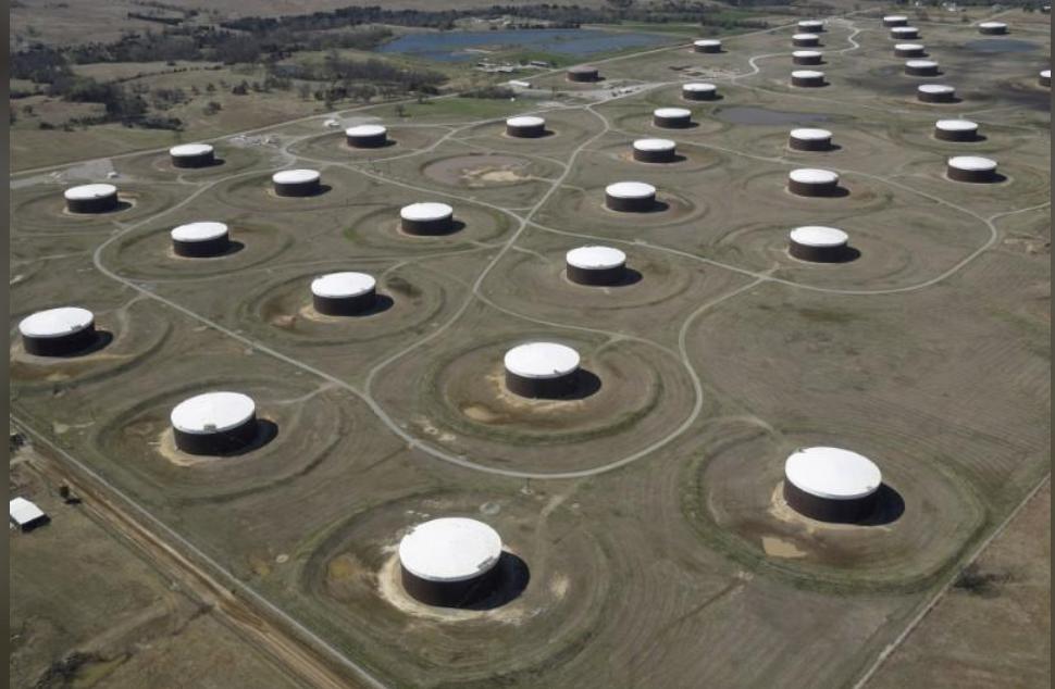 مخزونات البنزين