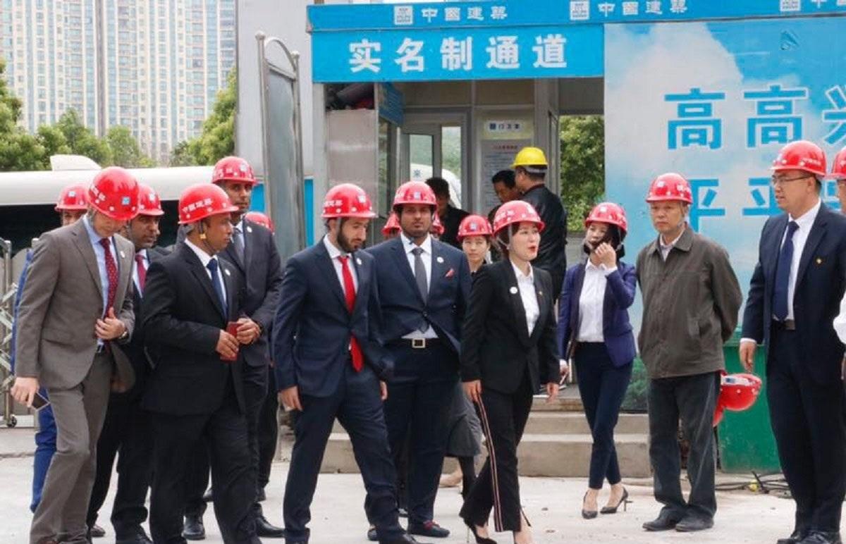 وفد اقتصادي من عجمان يبحث التعاون التجاري والاستثماري في هونان الصينية