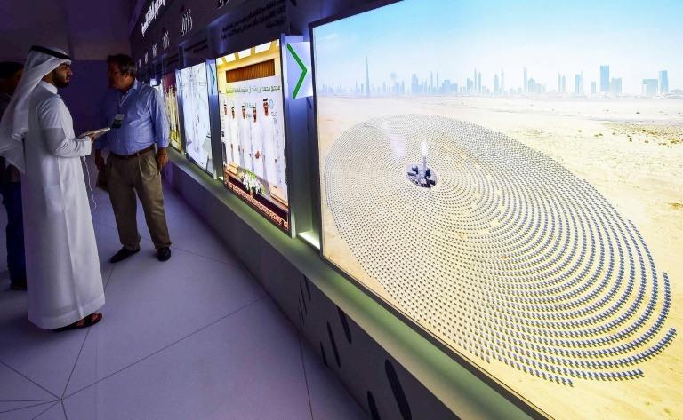 دبي تدشّن المرحلة الثالثة من مجمع الطاقة الشمسية