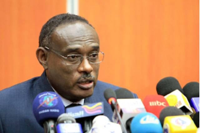 الدرديرى محمد أحمد الدخيرى- وزير خارجية السودان