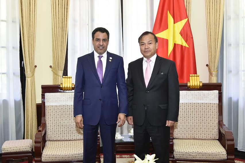 سفير الإمارات مع نائب وزير الخارجية الفيتنامي