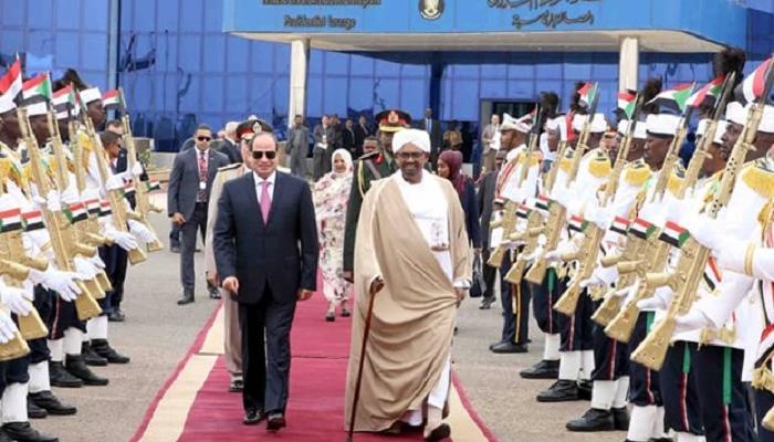 الرئيس المصري ونظيره السوداني