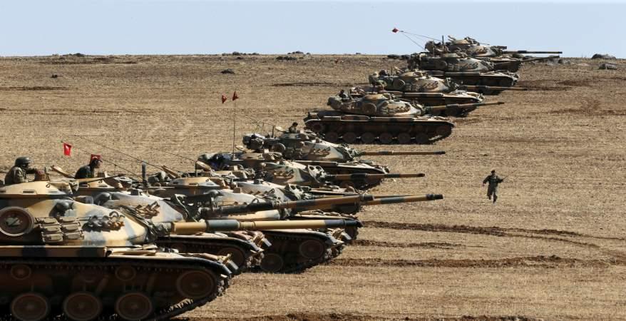 قوات من الجيش التركي تعيق هجوم قوات سوريا الديمقراطية ضد تنظيم داعش