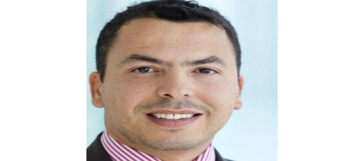 الكاتب الفلسطيني محمود حبوش