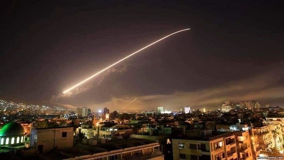 إحد الصواريخ فى الأجواء السورية (أرشيفية)