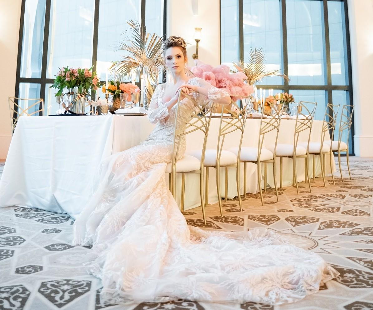 فندق باب القصر يحول زفاف الأحلام إلى حقيقة واقعة مع باقاته الحصرية