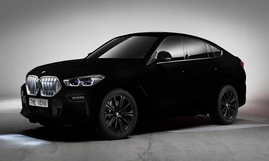 سيارة BMW الأكثر سوادا في العالم