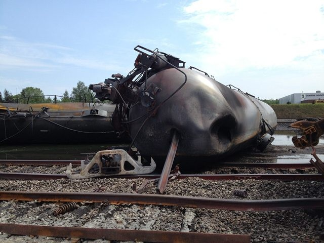 صورة أرشيفية لحادث قطار