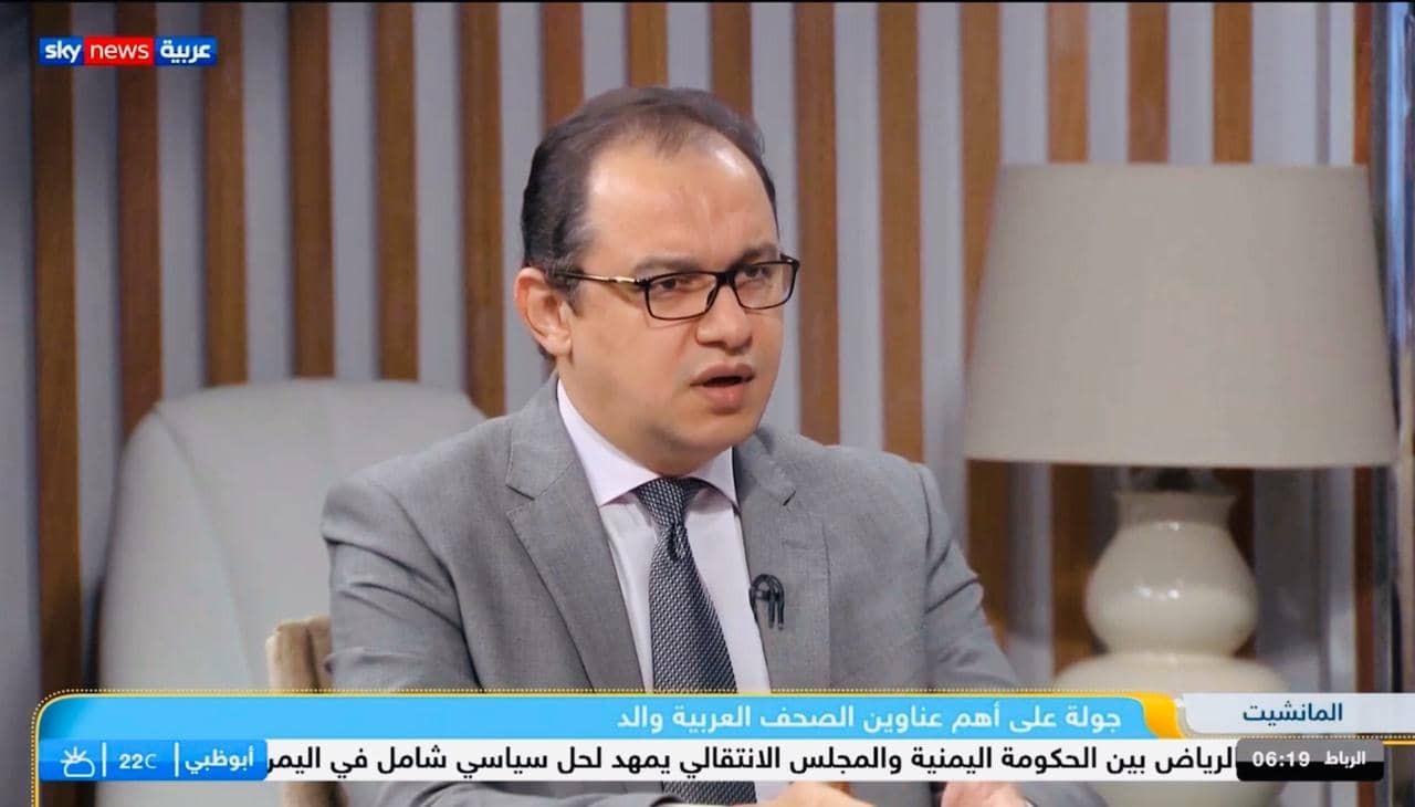 الكاتب الصحفي محمد منير