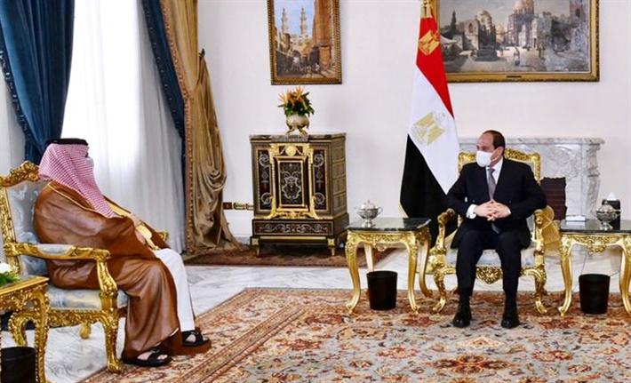 السيسي وتركي آل الشيخ