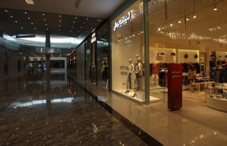 متجر بمركز تسوق في الدوحة
