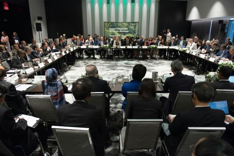 وزراء بيئة 30 دولة يبحثون اتفاق باريس للمناخ