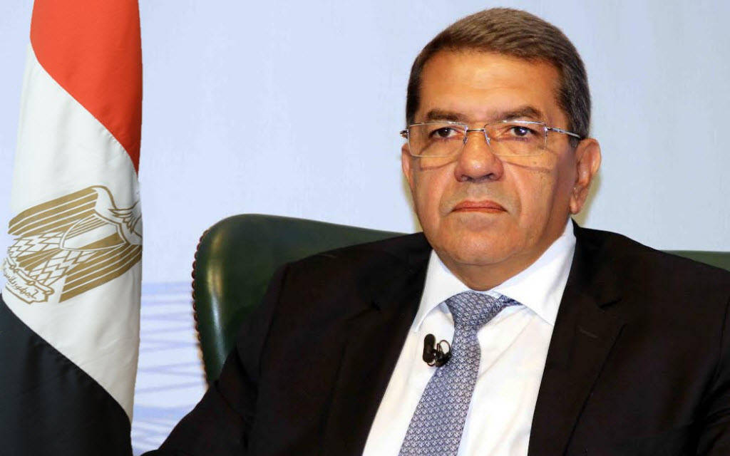 وزير المالية المصري عمرو الجارحي