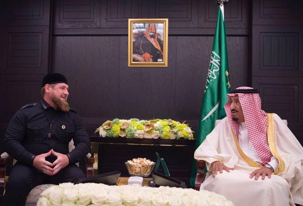 سلمان مع رئيس الشيشان