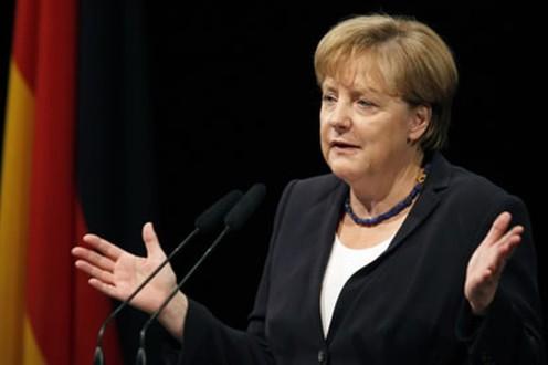 حلفاء ميركل في بافاريا يوافقون على سياسة الهجرة بألمانيا