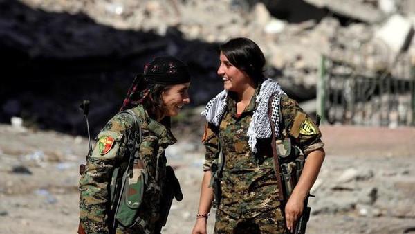 عناصر من قوات سوريا الديموقراطية (أرشيفية)