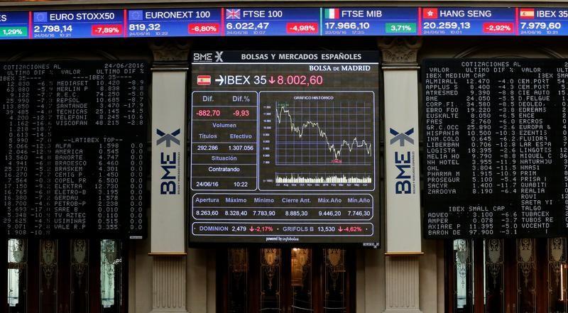 شاشات إلكترونية في بورصة مدريد