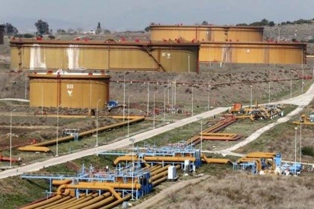 توقف تدفقات النفط عبر خط الأنابيب