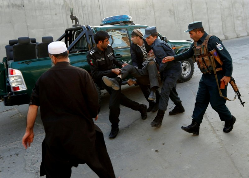 مقتل 14 شخصا في انفجار بمنطقة السفارات