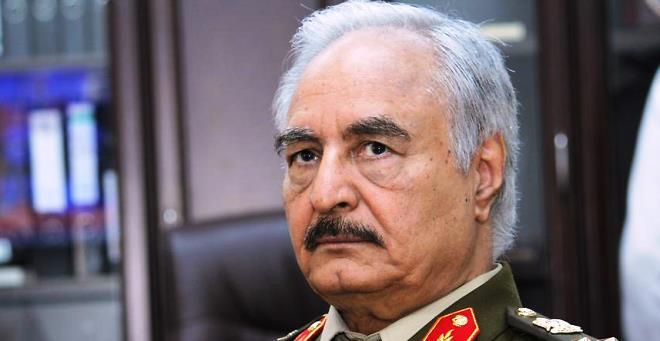 قائد الجيش المشير خليفة حفتر