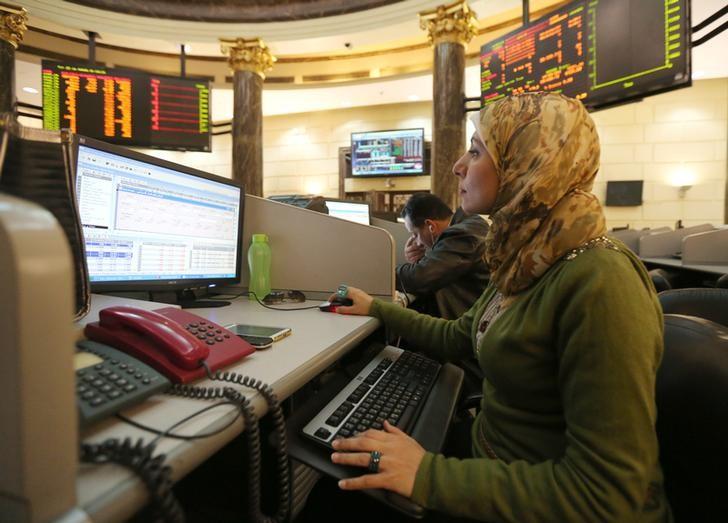 متعاملون في البورصة المصرية