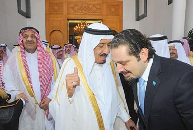 الملك سلمان والحريري في لقاء سابق