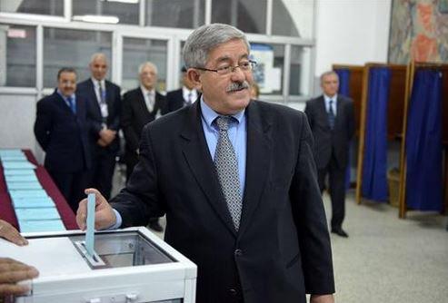 الوزير الأول أحمد أويحي