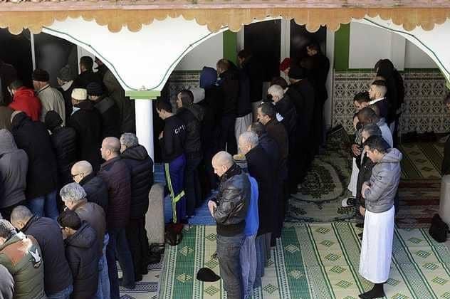 فرنسا تغلق مسجدًا جديدًا