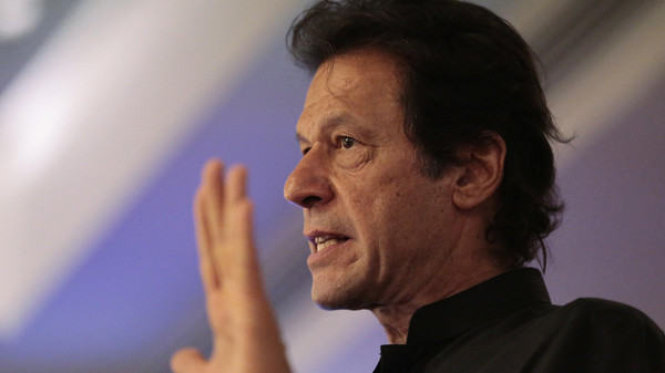 المعارض عمران خان