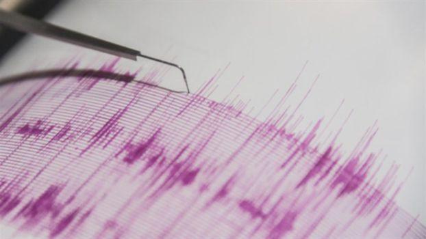 زلزال بقوة 6.5 درجة يضرب جاوة في إندونيسيا