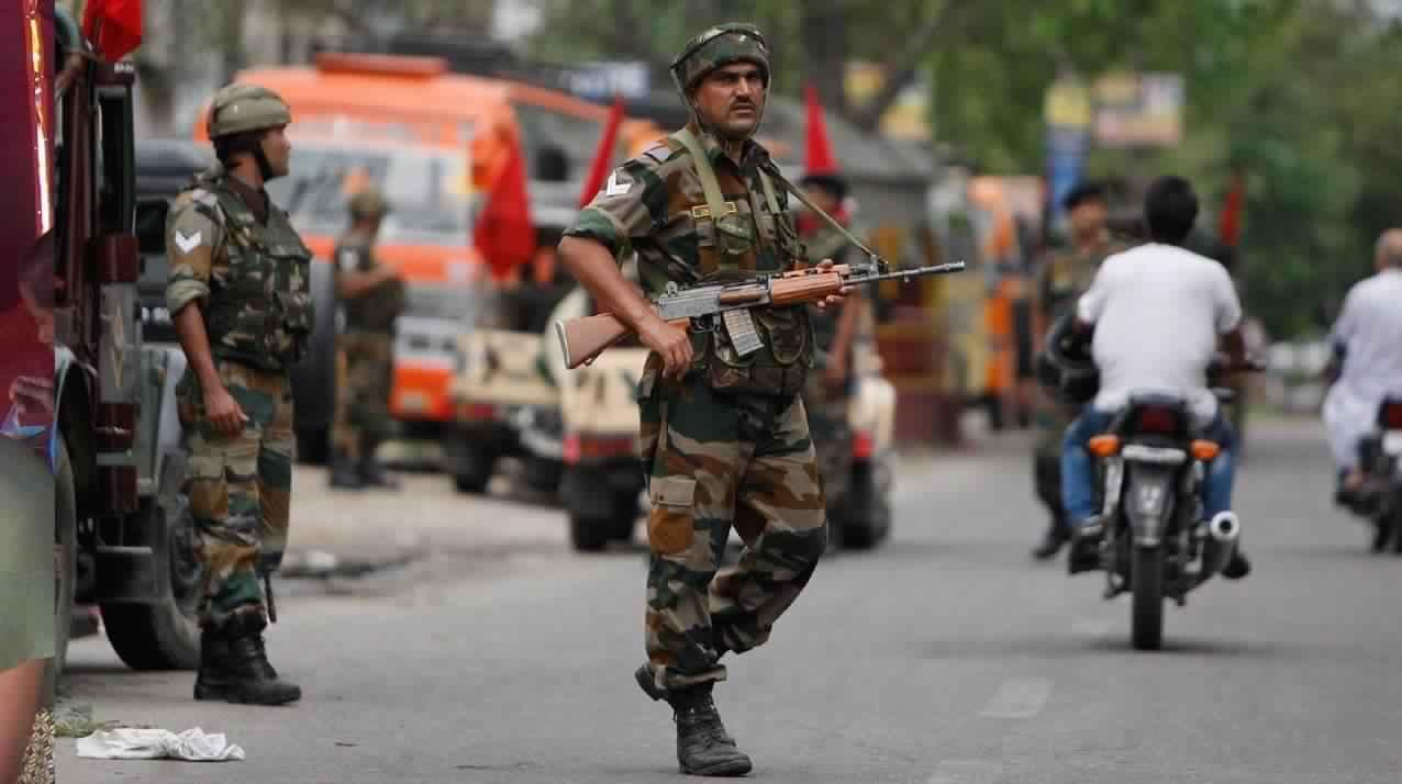 صورة لأحد أفراد الجيش الهندى