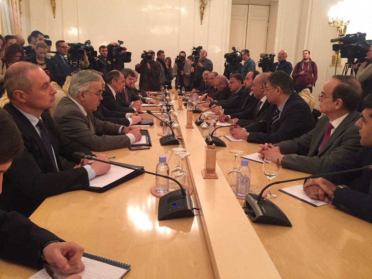 لافروف يلتقي وفد هيئة التفاوض السورية