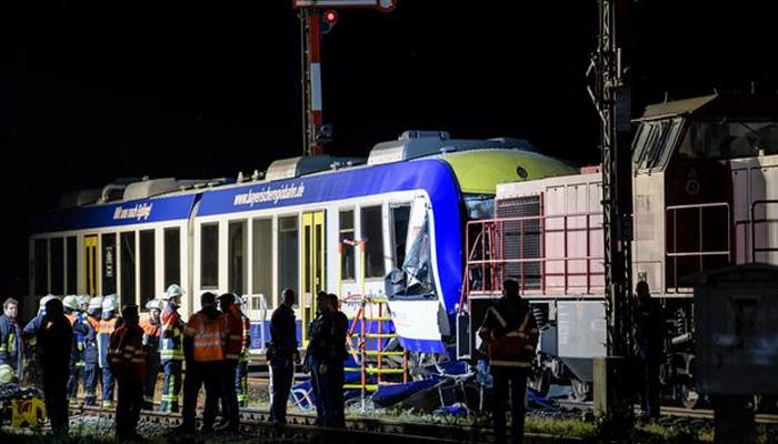 تصادم بين قطارين جنوب ألمانيا
