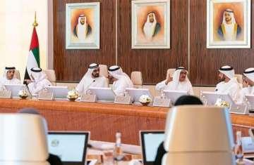 محمد بن راشد خلال ترؤسه جلسة مجلس الوزراء