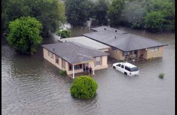 الإعصار هارفي