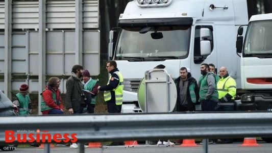 شلل في فرنسا بسبب الإضرابات